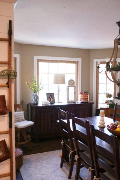 farmhouse kitchen dining area