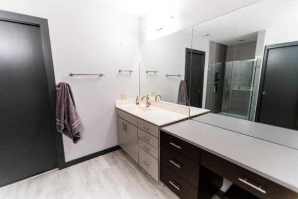 bath remodel Wichita quartz countertop on new dry vanity