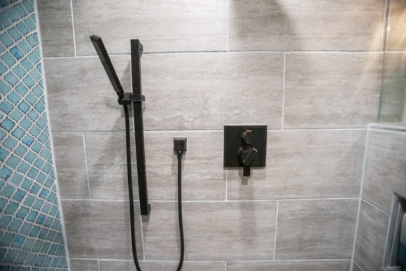 Walk-in shower with accent tiles